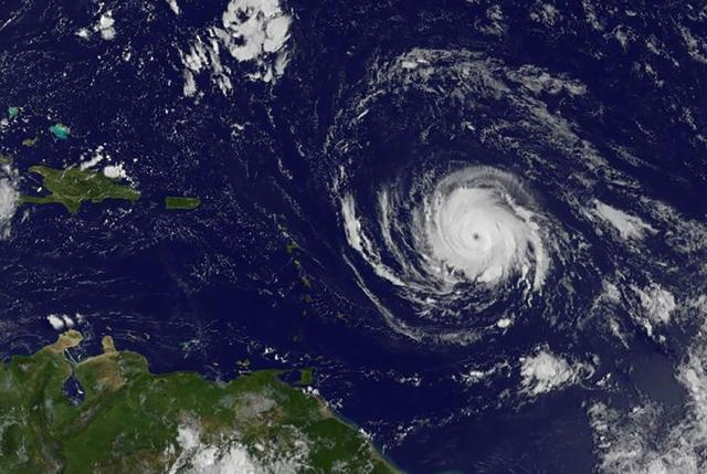 Ouragan-Irma-les-Caraibes-en-alerte_image_article_large